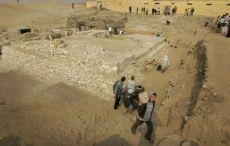 Egyptští archeologové objevili mumii královny Sešsešet