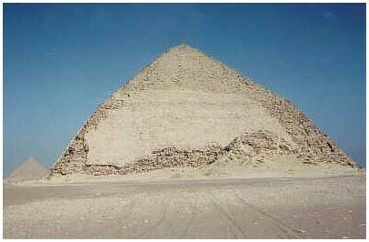 Egypt - Lomená pyramida - Dáhšúr